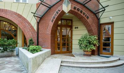 Corvin Hotel Budapest - Corvin Hotel Budapest